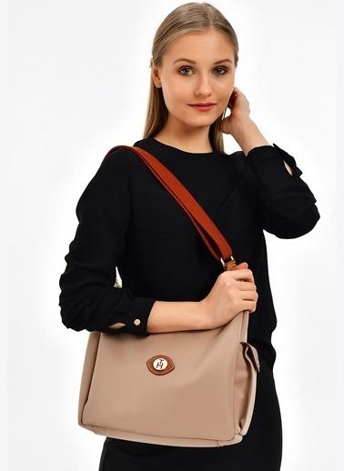 TH Bags TH Bags 30 x 25 x 12 cm Askılı Fermuarlı Poliüretan Kadın Çanta Bej
